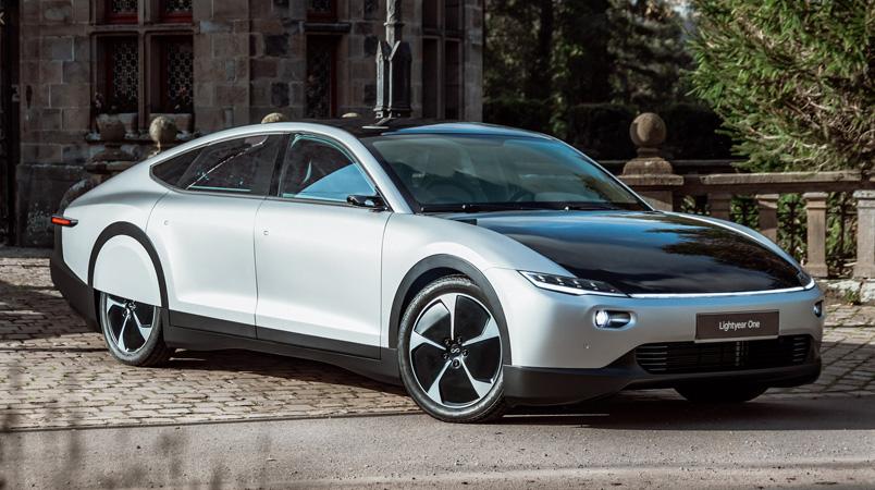 Lightyear One el coche con techo solar iniciará producción en 2022