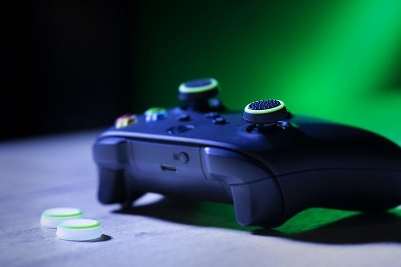 Trust grips Xbox