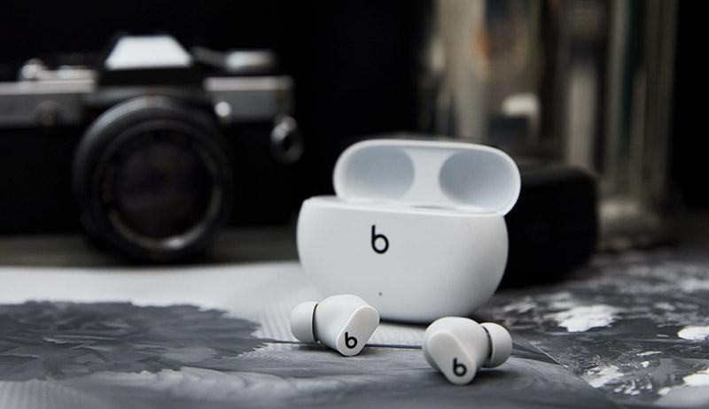 Beats Studio Buds Mexico blanco