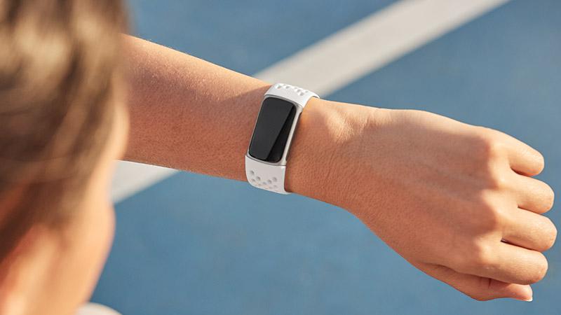 Fitbit Charge 5 precio