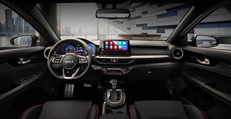KIA Forte hatchback 2022 interior