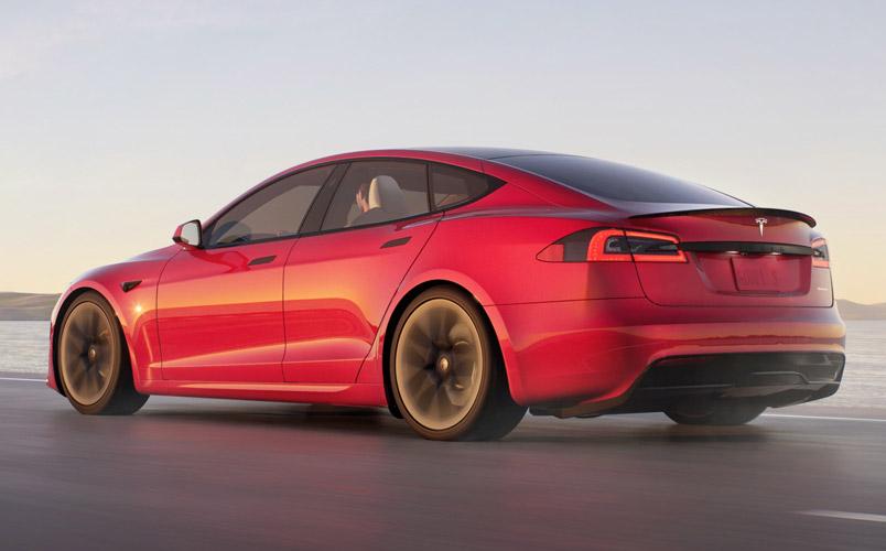 Tesla Model S Plaid es el eléctrico más rápido en Nürburgring