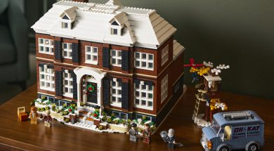 LEGO Home Alone